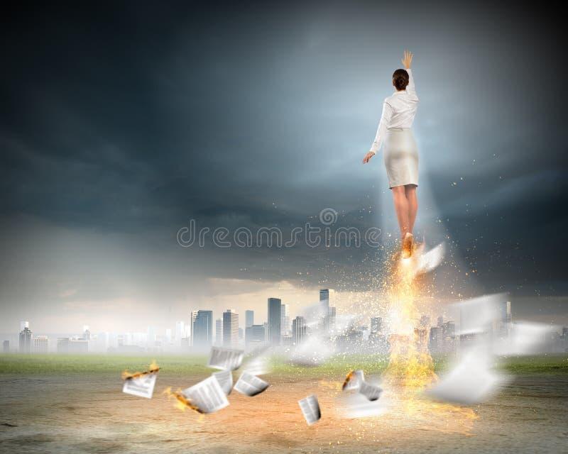 Πετώντας επιχειρηματίας στοκ φωτογραφία με δικαίωμα ελεύθερης χρήσης