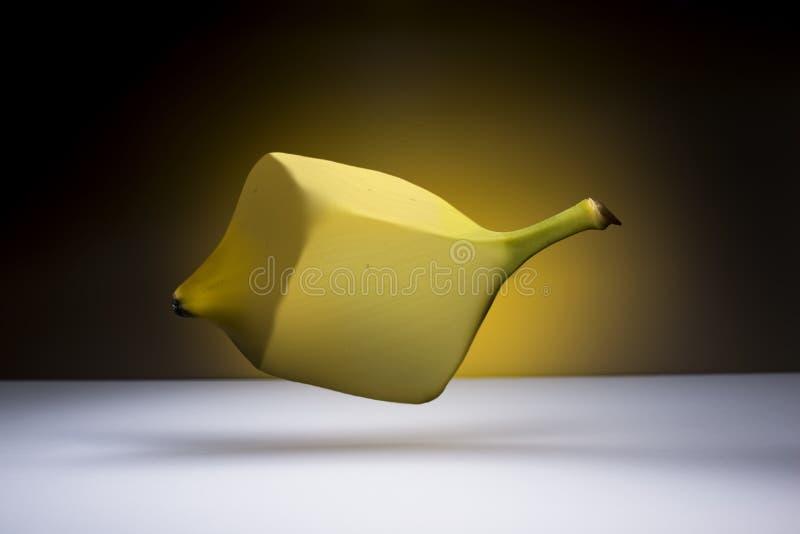 Πετώντας μπανάνα στοκ φωτογραφία με δικαίωμα ελεύθερης χρήσης