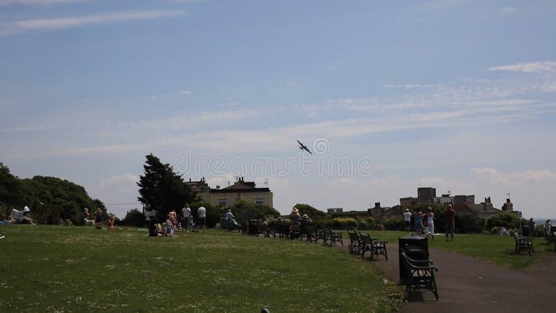 Πετώντας Weston-s-φοράδα φεστιβάλ αέρα του Weston φρουρίων φιλμ μικρού μήκους