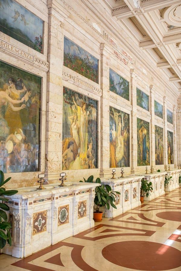 Πηγή με το νερό Rinfresco Tettuccio Terme spa σε Montecatini Terme, Ιταλία στοκ εικόνα με δικαίωμα ελεύθερης χρήσης