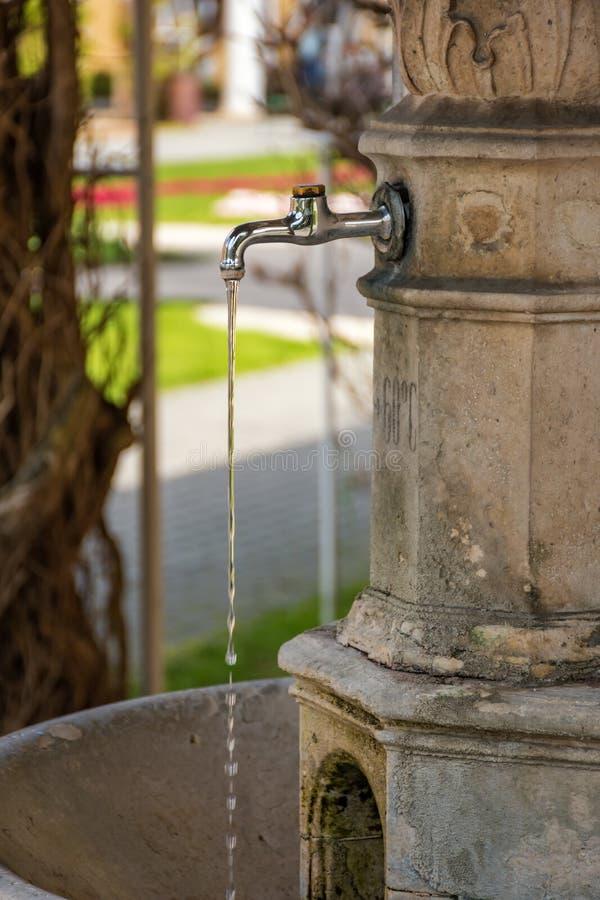 Πηγή νερού στο νησί SPA σε Piestany ΣΛΟΒΑΚΊΑ στοκ φωτογραφία με δικαίωμα ελεύθερης χρήσης