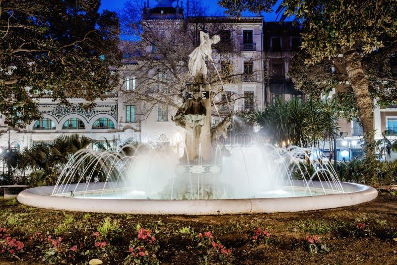 Πηγή στην πλατεία Plaza Gabriel Miro Ισπανία στοκ φωτογραφία με δικαίωμα ελεύθερης χρήσης