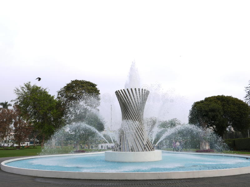 Πηγή στο μαγικό κύκλωμα νερού στη Λίμα, Περού στοκ εικόνες
