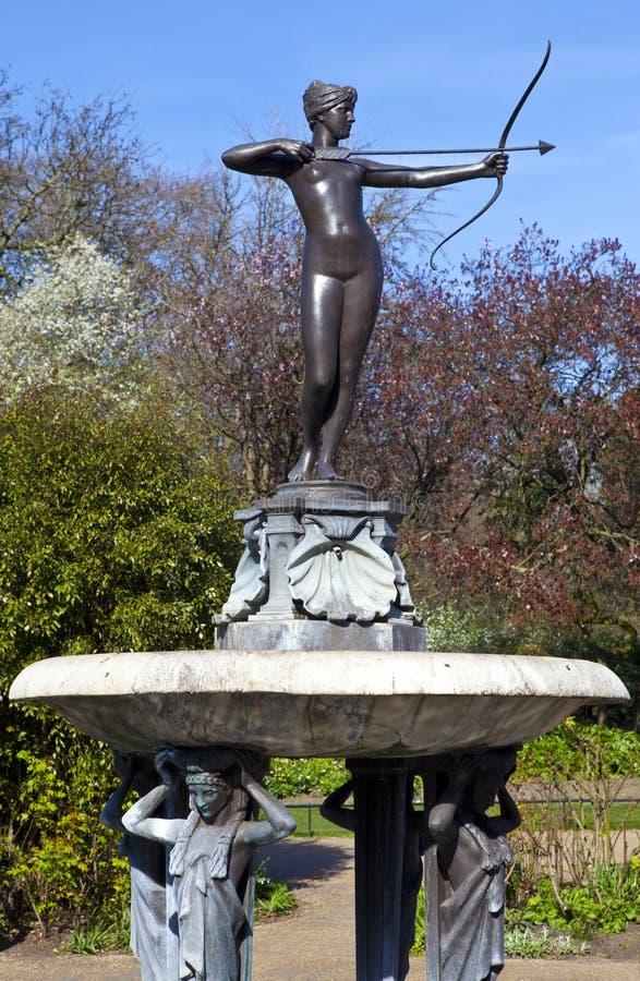 Πηγή της Artemis στο Χάιντ Παρκ στοκ φωτογραφίες με δικαίωμα ελεύθερης χρήσης