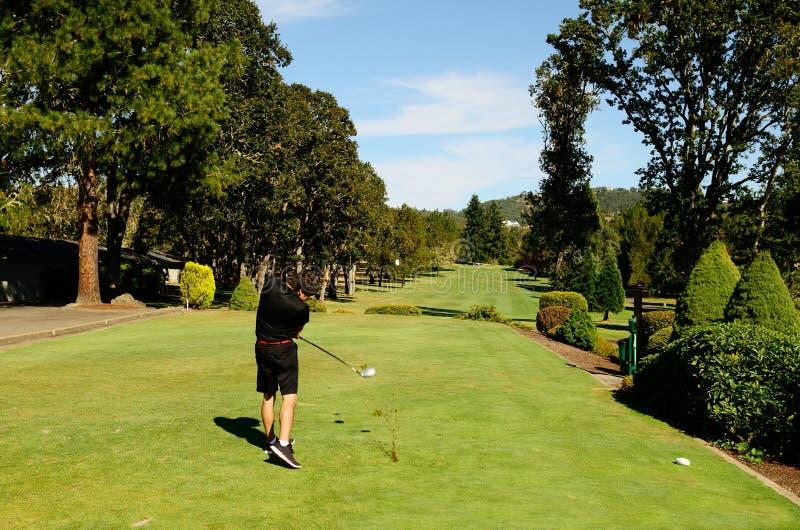 Πηγαίνετε Golfing στοκ εικόνες με δικαίωμα ελεύθερης χρήσης