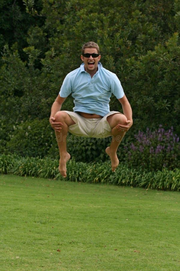 πηδώντας άτομο χαράς στοκ φωτογραφία με δικαίωμα ελεύθερης χρήσης