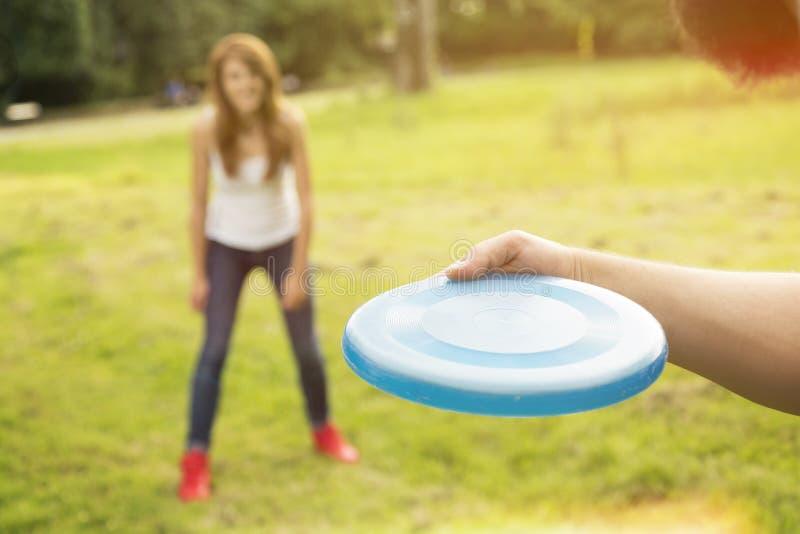 Πιάστε το frisbee στοκ εικόνες