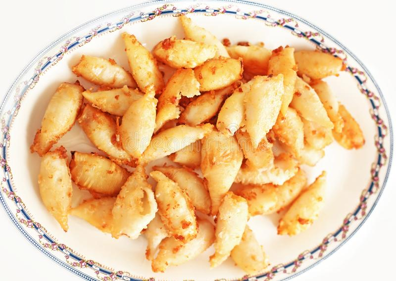 Πιάτο με το καλαμάρι σε μια ελληνική ταβέρνα στοκ φωτογραφία με δικαίωμα ελεύθερης χρήσης