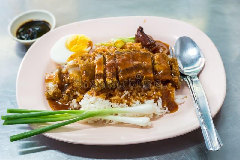 Πιάτο ρυζιού κοτόπουλου Hainanese παραδοσιακά στοκ εικόνα με δικαίωμα ελεύθερης χρήσης