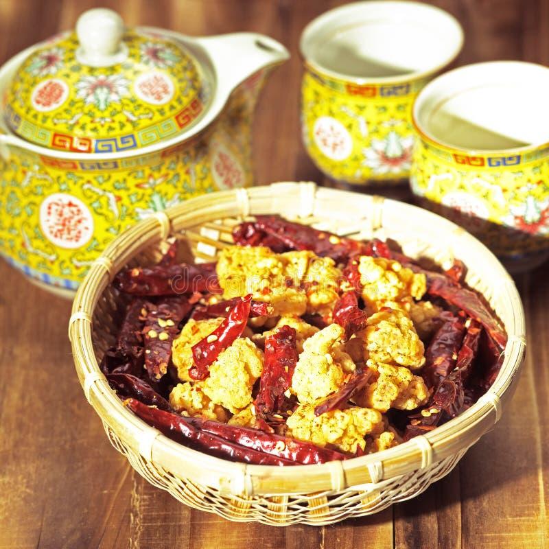 πικάντικος szechuan κοτόπουλο&u στοκ εικόνες