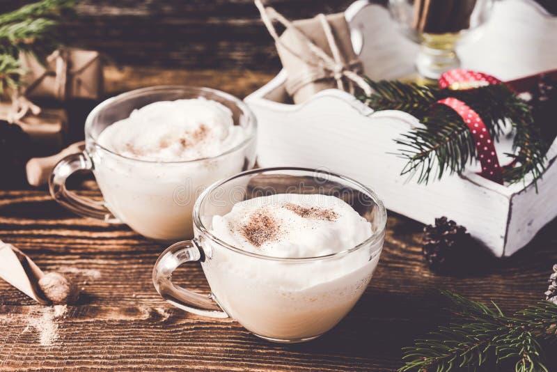 Πικάντικο ποτό milkshakes διακοπών Χριστουγέννων στοκ φωτογραφία με δικαίωμα ελεύθερης χρήσης