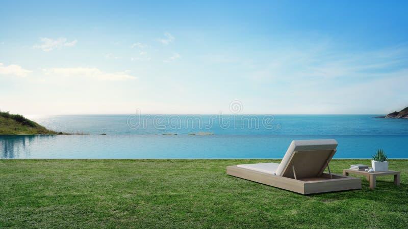 Πισίνα άποψης θάλασσας εκτός από το πεζούλι και κρεβάτι στο σύγχρονο σπίτι παραλιών πολυτέλειας με το υπόβαθρο μπλε ουρανού, καρέ στοκ εικόνα