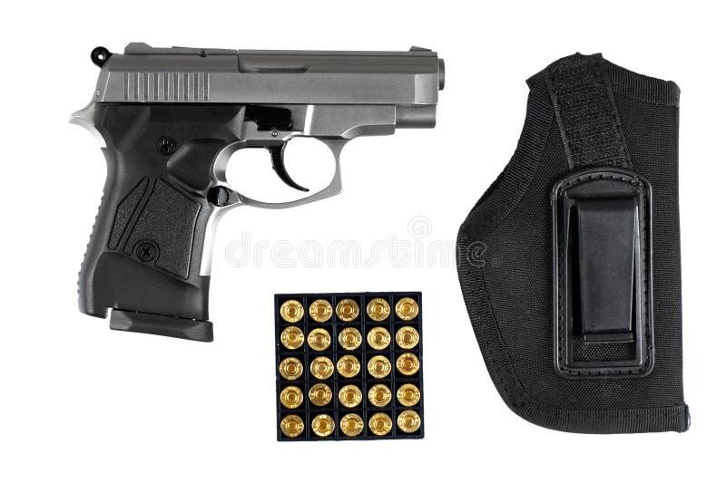 Πιστόλι με τα πυρομαχικά και gunholder στοκ εικόνες