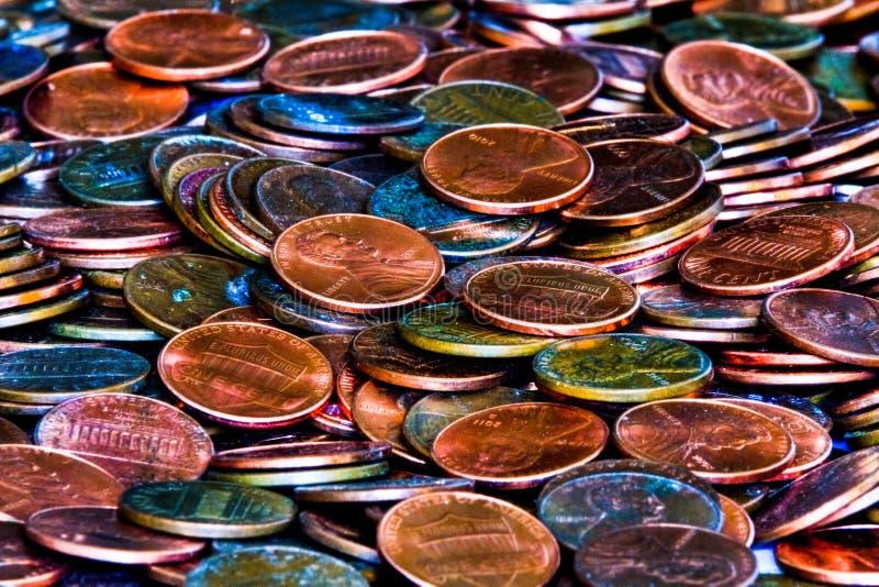Πιστώσεις νομισμάτων παλαιές και νέες στοκ φωτογραφίες