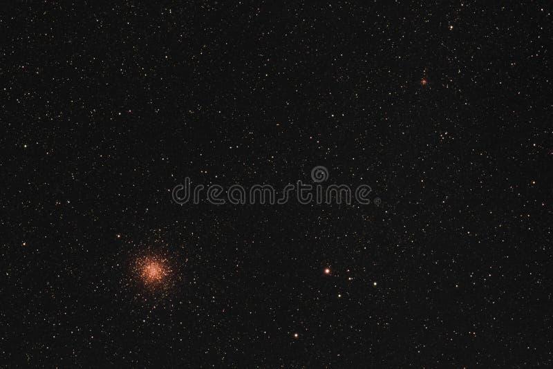 Πιό ακατάστατη Globular συστάδα 22 στοκ εικόνα με δικαίωμα ελεύθερης χρήσης