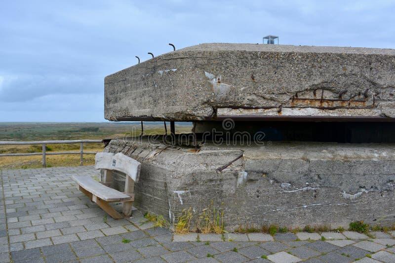 Πλάγια όψη της μετα αποθήκης καταδρομέων Δεύτερου Παγκόσμιου Πολέμου στο κρησφύγετο Hoorn σε Texel στις Κάτω Χώρες στοκ εικόνα με δικαίωμα ελεύθερης χρήσης