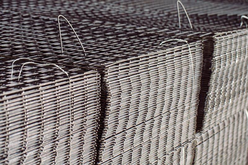 Πλέγμα μετάλλων Βαριά παραγωγή βιομηχανίας Κυλώντας εγκαταστάσεις μετάλλων στοκ φωτογραφίες