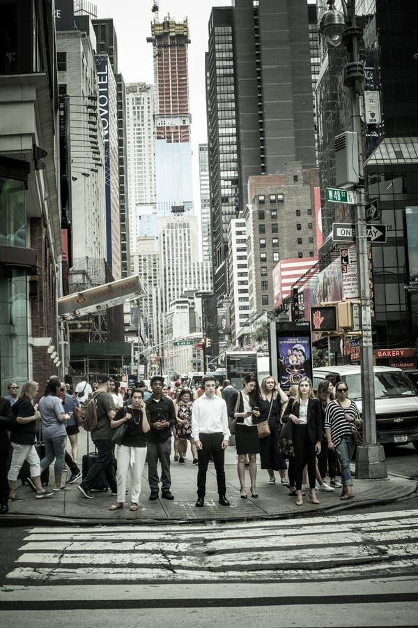 Πλήθος πόλεων της Times Square Νέα Υόρκη στοκ εικόνες