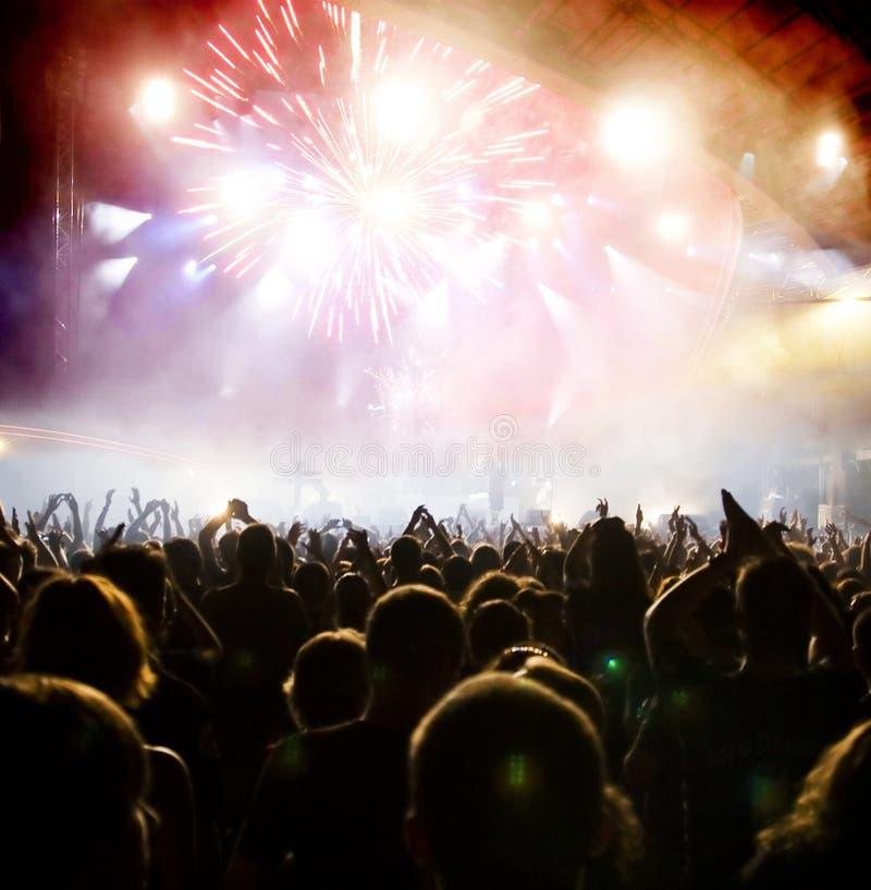 Πλήθος στη συναυλία στοκ εικόνα