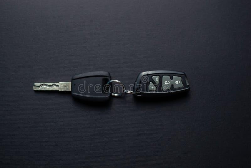 Πλήκτρα αυτοκινήτου με τηλεχειριστήριο από συναγερμό αυτοκινήτου στοκ εικόνες με δικαίωμα ελεύθερης χρήσης
