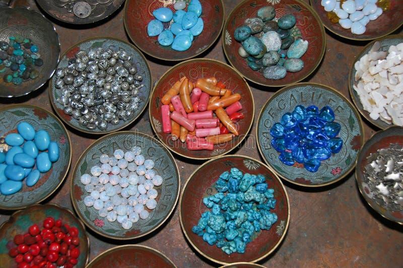 πλήρεις πέτρες πιάτων στοκ εικόνα