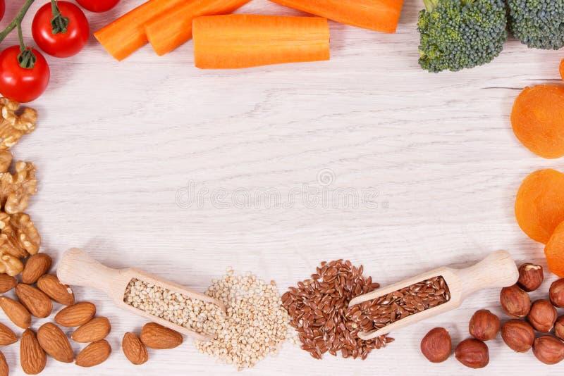 Πλαίσιο των καλύτερων θρεπτικών φυσικών τροφίμων για την υγεία και την καλή μνήμη, υγιής κατανάλωση, θέση για το κείμενο στοκ εικόνες