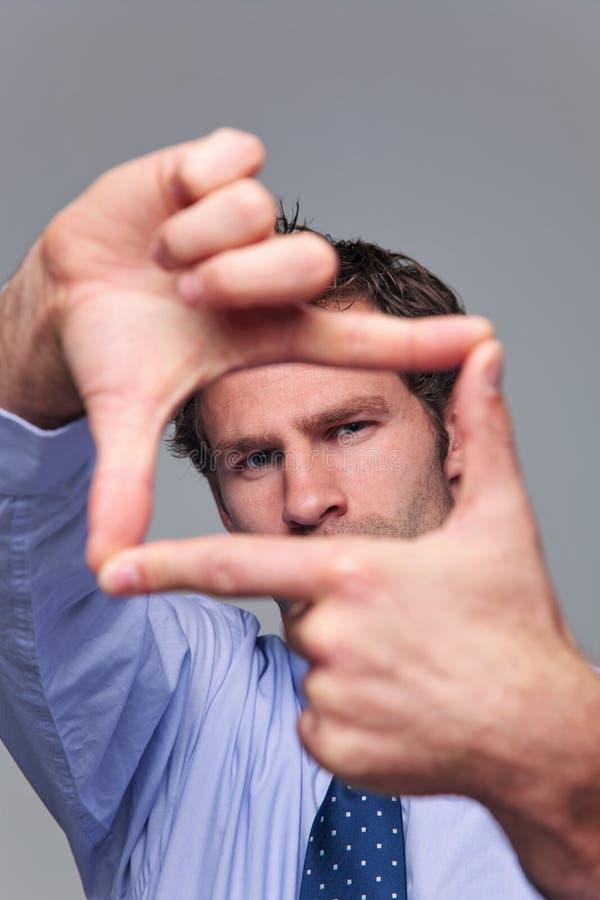 Πλαίσιο χεριών επιχειρηματιών στοκ εικόνες με δικαίωμα ελεύθερης χρήσης
