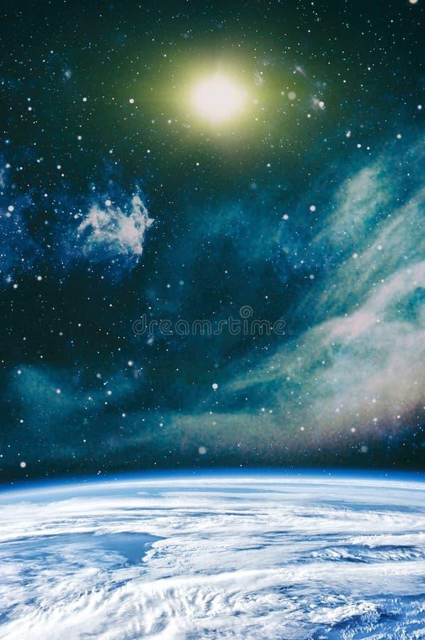 Πλανήτες, αστέρια και γαλαξίες στο μακρινό διάστημα που παρουσιάζει την ομορφιά της εξερεύνησης του διαστήματος r στοκ εικόνες με δικαίωμα ελεύθερης χρήσης