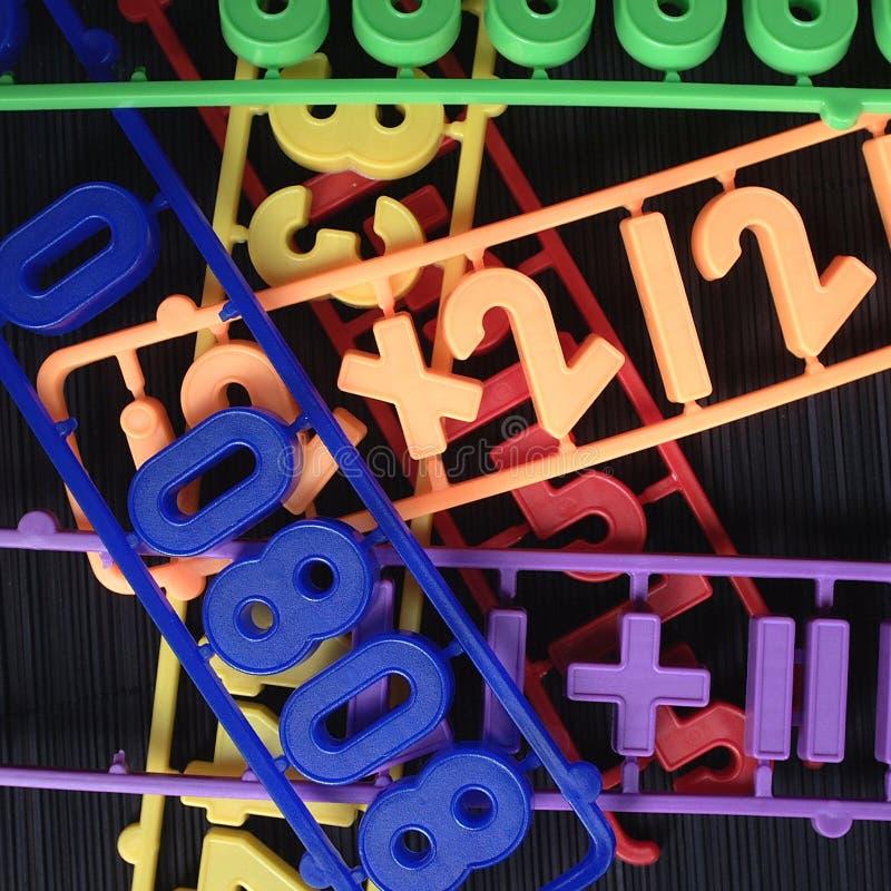 Πλαστικοί αριθμοί μαγνητών στοκ φωτογραφία με δικαίωμα ελεύθερης χρήσης