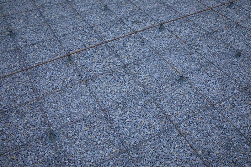 Πλαστικοί συναρμολογητές ενίσχυσης Πλέγμα καλωδίων σιδήρου για τα πατώματα των κτηρίων στοκ φωτογραφία με δικαίωμα ελεύθερης χρήσης