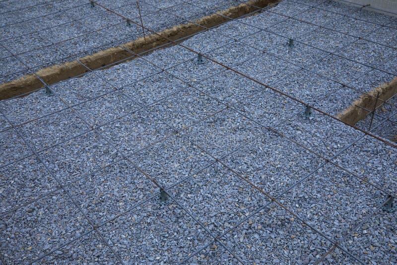 Πλαστικοί συναρμολογητές ενίσχυσης Πλέγμα καλωδίων σιδήρου για τα πατώματα των κτηρίων στοκ εικόνες με δικαίωμα ελεύθερης χρήσης