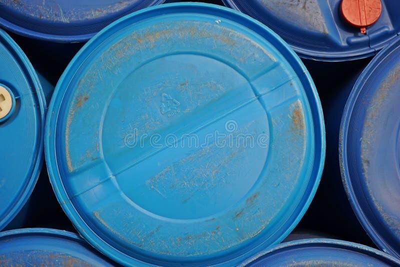 Πλαστικό εμπορευματοκιβώτιο για την υγρή αποθήκευση και μεταφορά, απόβλητα από τη βιομηχανία, Banpoo, Ταϊλάνδη November10,2017 στοκ φωτογραφία με δικαίωμα ελεύθερης χρήσης
