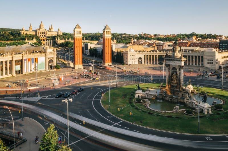 Πλατεία της Ισπανίας στη Βαρκελώνη το βράδυ, Ισπανία στοκ φωτογραφία με δικαίωμα ελεύθερης χρήσης