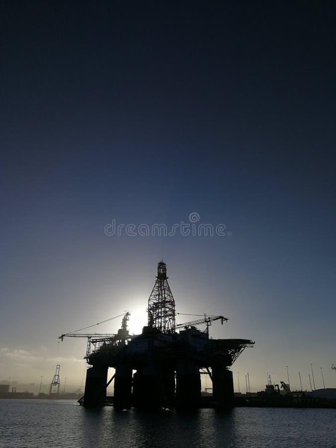 Πλατφόρμες πετρελαίου στο Λα luz στοκ εικόνες με δικαίωμα ελεύθερης χρήσης