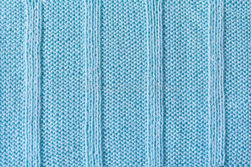 Πλεκτό προϊόν που γίνεται από το μπλε νήμα βαμβακιού στοκ εικόνες με δικαίωμα ελεύθερης χρήσης