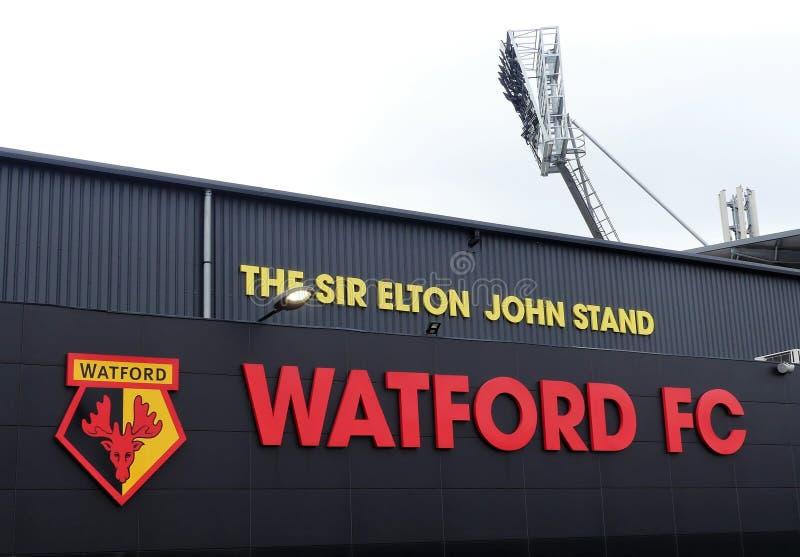 Πλευρικός τοίχος του Sir Elton John Stand, στάδιο λεσχών ποδοσφαίρου Watford, δρόμο στοκ εικόνες