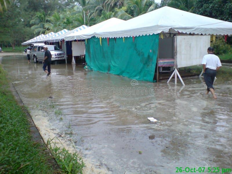 Πλημμύρα στο πρωί στοκ εικόνες