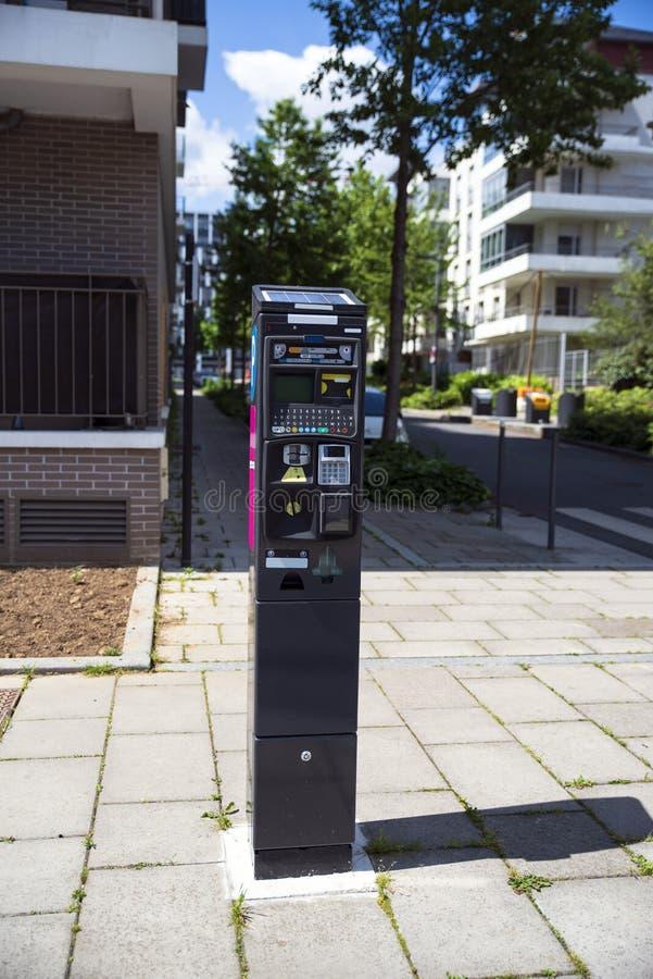 Πληρωμένος χώρος στάθμευσης στην πόλη στοκ φωτογραφίες με δικαίωμα ελεύθερης χρήσης