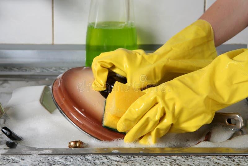Πλύση πιάτων στοκ φωτογραφία με δικαίωμα ελεύθερης χρήσης