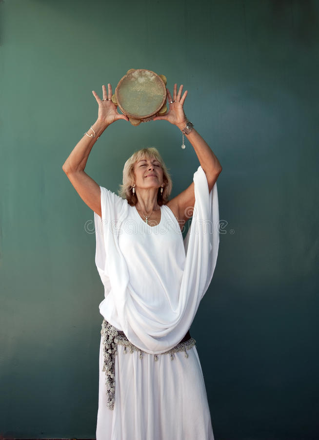 πνευματική γυναίκα μουσ& στοκ εικόνες με δικαίωμα ελεύθερης χρήσης