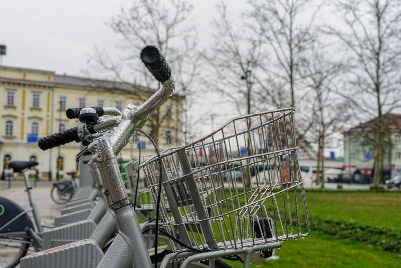Ποδήλατα και πόλη, μεταφορά στοκ εικόνες με δικαίωμα ελεύθερης χρήσης