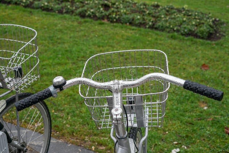 Ποδήλατα και πόλη, μεταφορά στοκ φωτογραφίες με δικαίωμα ελεύθερης χρήσης