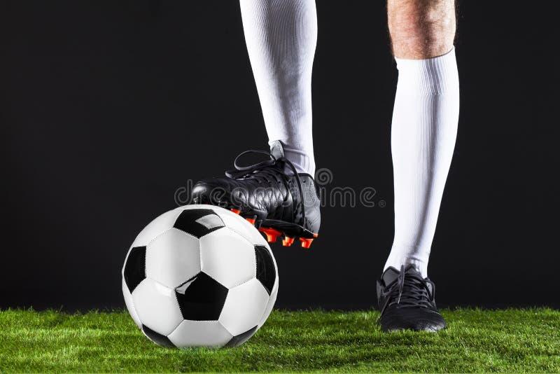 ποδόσφαιρο Αντιστοιχία Fotball Έννοια πρωταθλήματος με τη σφαίρα ποδοσφαίρου στοκ φωτογραφίες με δικαίωμα ελεύθερης χρήσης