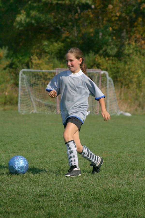 ποδόσφαιρο κοριτσιών παι& στοκ εικόνες