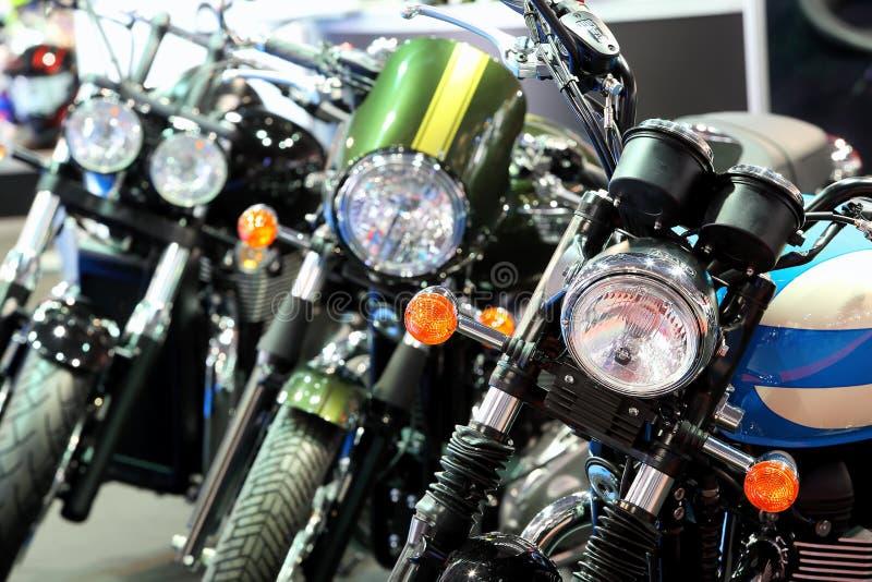 ΠΟΖΝΑΝ - 9 ΑΠΡΙΛΊΟΥ: Υπόλοιπος κόσμος των μοτοσικλετών στην έκθεση στη έκθεση αυτοκινήτου στοκ εικόνες με δικαίωμα ελεύθερης χρήσης