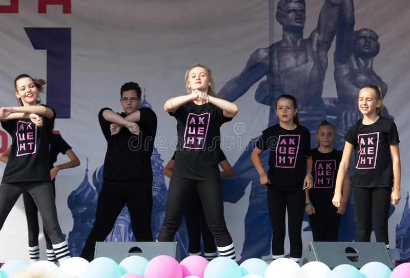 Ποιητικός χορός έμφασης στούντιο την ημέρα της πόλης της Μόσχας στοκ εικόνα με δικαίωμα ελεύθερης χρήσης
