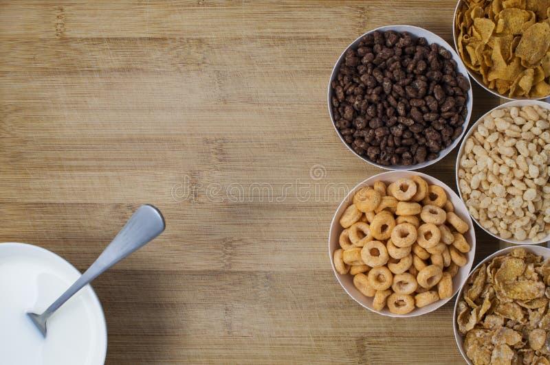 Ποικιλία των νιφάδων καλαμποκιού στοκ εικόνα