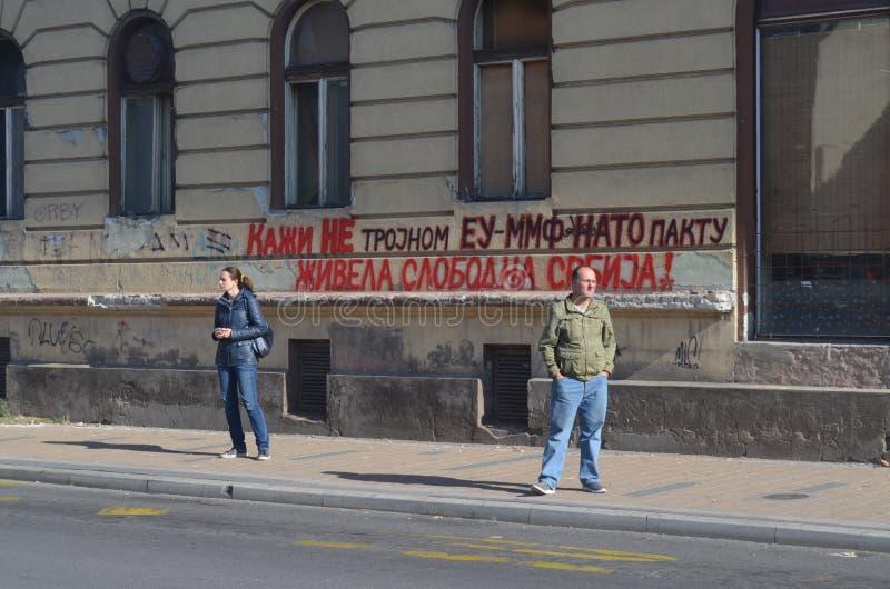 Πολιτικά γκράφιτι στο Νόβι Σαντ Σερβία στοκ φωτογραφίες