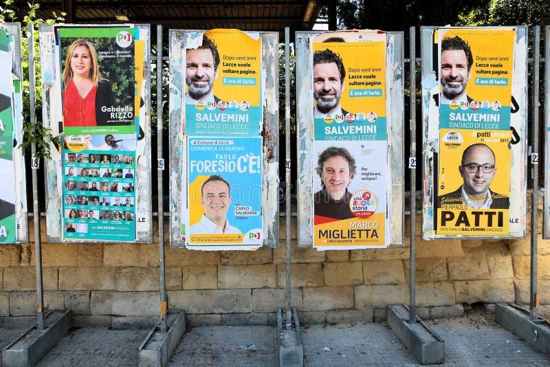 πολιτικές αφίσες στοκ φωτογραφία με δικαίωμα ελεύθερης χρήσης