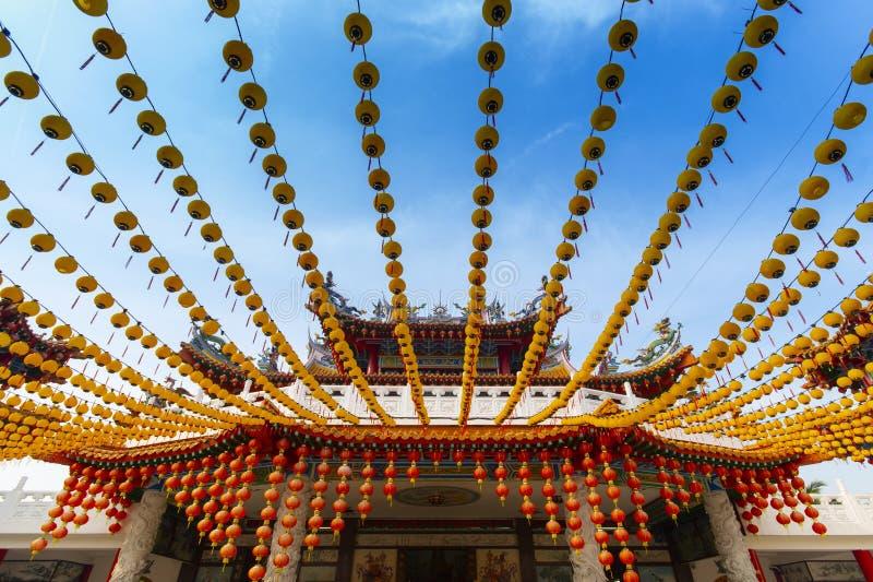 Πολλά κινεζικά φανάρια μέσα του ναού Thean Hou στη Κουάλα Λουμπούρ στοκ εικόνες με δικαίωμα ελεύθερης χρήσης